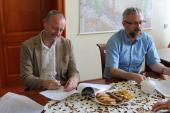 Galeria Podpisanie umowy na budowę wiaty w Ścinawie Małej